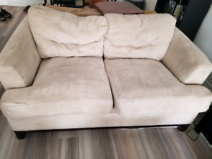 Micro fibre suede couch set $130 or obo pick up only