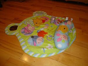 Tapis d'activités pour bébé