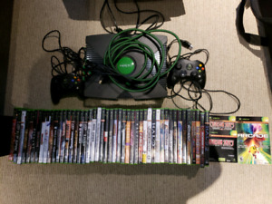 Xbox, 2 Controllers, 48 Games