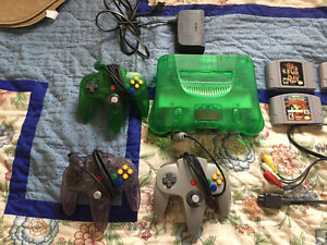 N64 in excellent condition w/controllers