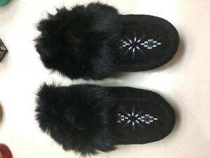 Size 8-9 toddler moccasins NEW