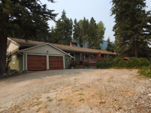 Private Retreat Close to Vernon 201 Acres with Pool