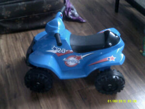 BATTERY OPERATED RIDE ON FOUR WHEELER