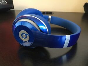 Beats By Dre Studio 2.0- Never Used, Like New ( WIRED)