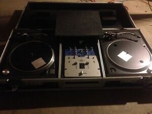 Technics 1200 MK2s Stanton SA3 Mixer