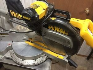 Dewalt 12 inch sliding cutoff saw
