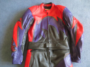 Joe Rocket 2pc Motorcycle Leather Suit   Size 38 Mens
