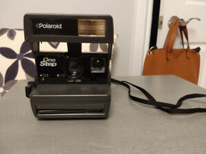 Polaroid One-Step 600 Instant Camera *IN BOX* (Discontinued)