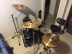 5 pcs Pearl Export w/ double kick, cymbals, and throne - OBO