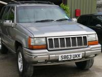 Jeep Grand Cherokee 4.0 auto Orvis. Mot April 2017. Top spec