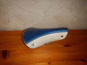 Vintage Siège de Bicyclette Bleu Métalflake Année 70 A Voir