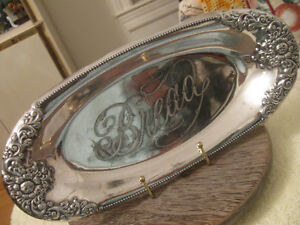 CHARMING OLD FORBES SILVER PLATED ETCHED BREAD TRAY
