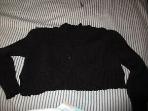 hand knit shrug London Ontario image 1