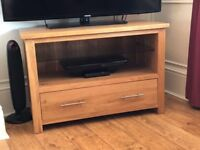 Solid oak tv unit stand
