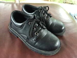 Boys Black Dress Shoes - size 10 youth