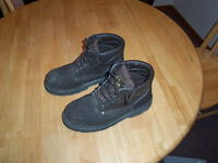 Pair of Men's Workboots Size 9 CSA Approved