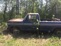 1977 fords $1200obo *need to sell*