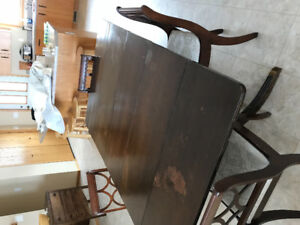 DUNCAN FYFE DINING TABLE/4 CHAIRS