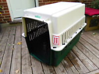 EXTRA LARGE AIRLINE APPROVED DOG CRATE
