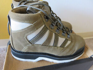 Wading Boots - Brand New - Mens Size 8