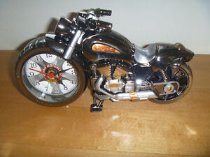 MOTORCYCLE DESK CLOCK NEW INDIAN