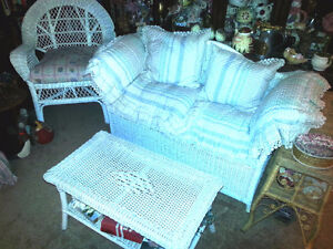 Beautiful 3 pce White Wicker Chair Love Seat and Coffee Table