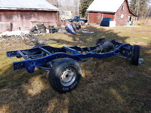 1987 dodge s/b chassis