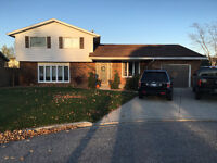 Large family home in desirable neighbourhood