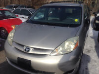 2006 Toyota Sienna CE Van, clean carproof 178 k For 7000.00 City of Toronto Toronto (GTA) Preview