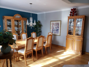 Dining room furnishings