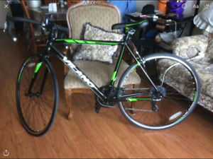 VILANO ROAD BIKE FOR SALE $300