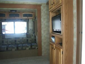 2009 North Country LS 27BHS Travel Trailer Strathcona County Edmonton Area image 4