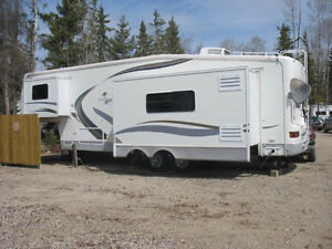 2002 Mirage by Thor 5th Wheel Camper