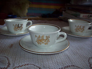 3 espresso cups made in Italy,makes a great gift