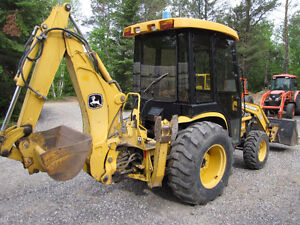 John Deere 110 4x4 loader, backhoe and rare cab