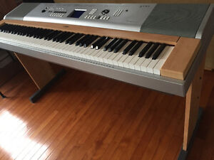 Piano, Yamaha Portable grand DGX-630) for quick sale