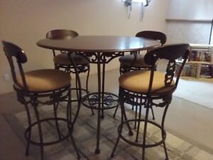 Bar Height Table & Chairs