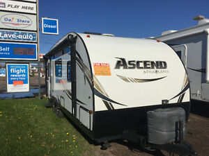 2014 Evergreen Ascend A231 RKB Travel Trailer with one slide