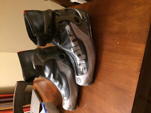Alpina men's size 11 cross country boots