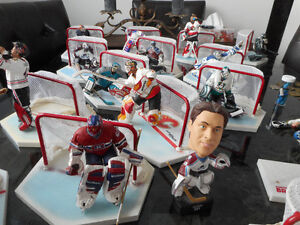 lot de 16 figurines LNH Hockey collection . suivre le lien