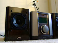 JVC FS-1000 compact stereo system AUX,AM / FM ,CD