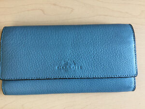 Authentic Coach Trifold Wallet- Crossgrain Leather