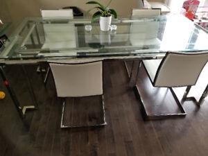 Nuevo 5 piece modern dining room set