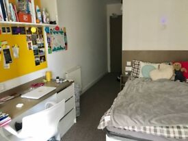 En-suite room STUDENT accommodation