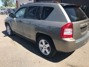 JEEP COMPASS AUTOMATIQUE 114000KLMVISITEZ LE WWW.NO-LIMIT.CA