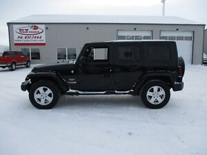 2010 Jeep Wrangler Unlimited Sahara Auto Convertible 4x4