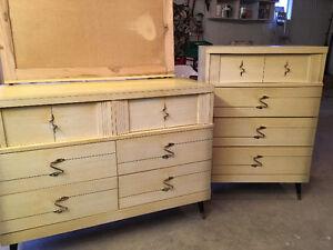 2 Piece Bedroom Dresser Set