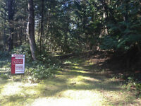 SOUTHERN GULF ISLANDS ACREAGE FOR SALE ON MAYNE ISLAND