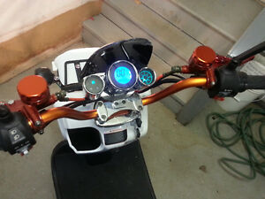 E-scooter electric moped