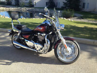 2013 Triumph Thunderbird ABS - Like NEW